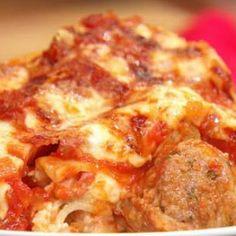 Italian Fat Tuesday Lasagna @keyingredient #cheese #italian #tomatoes #bread