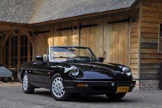 Oldtimer verkopen en kopen – youngtimers – klassiekers van de toekomstAlfa Romeo Spider 2.0 IE - thecoolcars.nl
