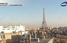 La pollution recouvre la Tour Eiffel en accéléré  VIDÉO - La webcam de Meteo Consult braquée sur la tour Eiffel a filmé en exclusivité l'épais nuage de pollution qui recouvre peu à peu la ville, tout au long de la journée du mercredi 11 décembre.