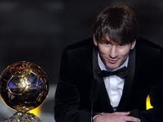 Lionel Messi is a football player and he belongs to agentina national team. He won the best football player in 2009 and Furnish your d. Good Soccer Players, Best Football Players, Football Fans, Lionel Messi, Messi 10, Antonella Roccuzzo, Argentina National Team, Club World Cup, World Of Sports