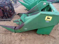John Deere 244 header salvaged for used parts. This unit is available at All States Ag Parts in Downing, WI. Call 877-530-1010 parts. Unit ID#: EQ-24024. The photo depicts the equipment in the condition it arrived at our salvage yard. Parts shown may or may not still be available. http://www.TractorPartsASAP.com