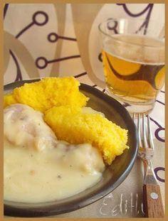 CIULAMA DE PUI CU USTUROI - Edith's Kitchen Food Platters, Food Dishes, European Dishes, Healthy Snacks, Healthy Recipes, Romanian Food, Hungarian Recipes, Recipes From Heaven, Restaurant Recipes