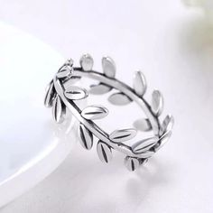 Finger Ring Fashion Party Classic 925 Sterling Silver Female Wedding Bands Rings Fine Jewelry 2017 New Women Rings Womens Wedding Bands, Wedding Ring Bands, Leaf Jewelry, Fine Jewelry, Jewelry Making, Engraved Rings, Silver Bracelets, Sterling Silver Jewelry, 925 Silver