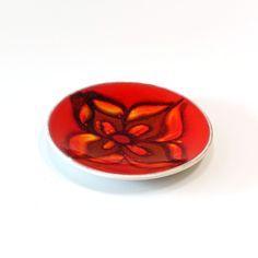 21-116 Poole Pottery England Plate - Ray New York Black Abstract, Ceramic Decor, Glaze, Porcelain, England, Pottery, York, Ceramics, Enamel