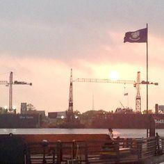 Sunrise on the Mighty  Mississippi River  #nola #view #hotel #igersneworleans #instatravel #neworleans #igertexas #iheartnola #followyournola #bigeasy #beatouristnola  #504 #frenchquarter  #cresentcity #lousiana #neworleansriverwalk by alamocityconcierge