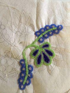 Floral Ojibway beadwork process by Wanesia Spry Misquadace Indian Beadwork, Native Beadwork, Native American Beadwork, Seed Bead Patterns, Beading Patterns, Embroidery Patterns, Native American Artwork, Native American Crafts, Beadwork Designs