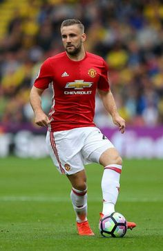 Luke Shaw of Man Utd in Football Kits, Football Players, Man Utd Crest, Soccer Guys, Beautiful Athletes, Athletic Men, Man United, Sport Man, Male Body
