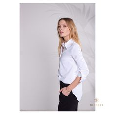 Please allow us to introduce: the perfect white shirt White Shirts, Zurich, Suits You, Signature Style, Editorial Fashion, Sweater Cardigan, Elegant, Coat, Sweaters