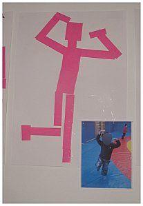 schémas corporel Chaque enfant a pris une position et a été pris en photo. Il devait ensuite la reproduire grâce à un collage de patits carrés et rectangles.