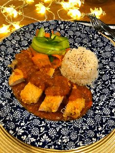 Looking for a Slimming World katsu curry recipe? This Japanese inspired favourite is a great choice for your next fakeaway night. Chicken Curry Slimming World, Slimming World Chicken Recipes, Chicken Lunch Recipes, Slimming World Recipes, Wagamama Recipe, Katsu Curry Recipes, Gourmet Recipes, Healthy Recipes, Speed Foods