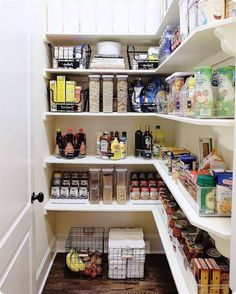 Chances are you are not using the space in your pantry to its fullest potential. Strategic pantry organization ideas are key in order to maximize space and efficiency—and we have rounded up some of the best tips here. Quirky Home Decor, Hippie Home Decor, Rooms Home Decor, Home Decor Items, Cheap Home Decor, Living Room Decor, Diy Home Decor, Pantry Storage, Pantry Organization