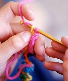Favorite Crochet Ideas Our 20 Favorite Crochet Sites Free online crochet resources for the novice and the seasoned pro 20 Favorite Crochet Sites - Woman's Day - Free online crochet resources for the novice and the seasoned pro Yarn Projects, Knitting Projects, Crochet Projects, Knitting Patterns, Crochet Patterns, Love Crochet, Learn To Crochet, Knit Crochet, Single Crochet