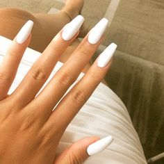 Coffin/Ballerina nail-perfection. #summer #nails #beautyinthebag