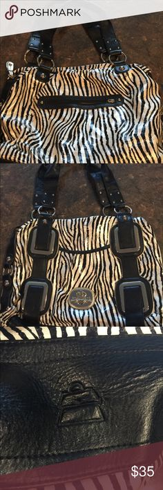 Kathy Van Zeeland Medium to large size Purse Great condition except color transfer in light black but with the pattern it's not that noticeable look at pictures and zoom in. Smoke free and pet free home Kathy Van Zeeland Bags Shoulder Bags