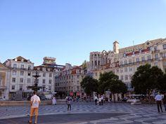 o que ver e fazer em Lisboa, uma cidade encatadora, fácil e barata para conhecer. praça rossio