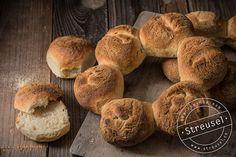 Krustenkranz – Rezept von Streusel Pampered Chef, Brunch, Recipe Images, Freshly Baked, Bread Baking, Pain, Hamburger, Rolls, Cooking