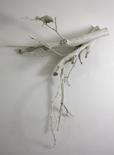 Wood and bird decor Tree Branch Decor, Tree Branches, Trees, White Branches, Ideas Prácticas, Craft Ideas, Driftwood Crafts, Sticks And Stones, Color Of Life