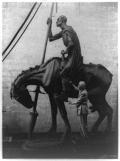 Photo Anna Hyatt Huntington Sculptor Don Quixote Joli 1948 | eBay
