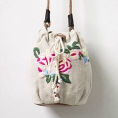 2250da55098d Ethnic Embroidery Literature Beige Shoulder Bag