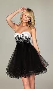 vestido  de 15 anos curto na cor preto e branco