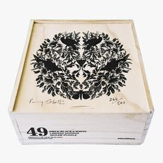 Limited edition New Zealand flora and fauna illustrated black and white jigsaw puzzle by Penny Stotter, hand numbered, signed and beautifully boxed. As much a work of art as it is a jigsaw.