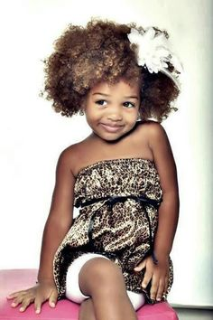 Cute afro hairstyle for kids Don't know if I pinned it for the hair or the cuteness of this lil sweetie Afro Hairstyles For Kids, Girl Hairstyles, Toddler Hairstyles, Beautiful Children, Beautiful Babies, Beautiful Smile, Curly Hair Styles, Natural Hair Styles, Twisted Hair