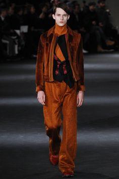 Ann Demeulemeester Fall 2016 Menswear Fashion Show