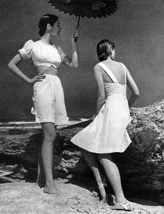 Harper's Bazaar, May 1943. Photo by Louise Dahl-Wolfe. #vintage #1940s #summer #fashion