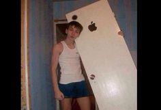 """¿Y esa puerta? """"Es mi nuevo iPhone 6"""", y otros memes del lanzamiento de Apple"""