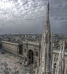 Milan, ITALY. and they ask why i love the place?..