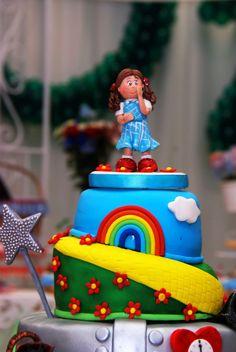 Wizard of Oz Theme Birthday Party: The Cake. AMAZING!