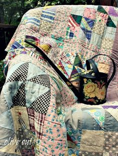 old quilts and watering cans Old Quilts, Antique Quilts, Vintage Quilts, Quilt Display, Primitive Quilts, Watering Cans, Quilt Patterns, Duvet Covers, Comforters