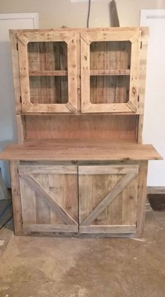 Awesome Pallet Wooden Hutch Ranck Projects #woodworkingideas