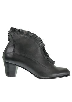 Bresley Anglade – Compleat | Lee James Fall Winter, Autumn, Winter Shoes, Footwear, Booty, Ankle, Fashion, Moda, Swag