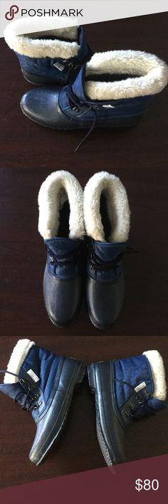 New sorel waterproof boots Great condition Sorel Shoes Winter & Rain Boots