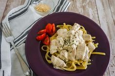 Slow Cooker Alfredo Chicken Slow Cooker Alfredo Chicken, Chicken Alfredo, Slow Cooker Chicken Stew, Stew Chicken Recipe, Chicken Pasta Recipes, Slow Cooker Times, Best Slow Cooker, Slow Cooker Recipes, Crockpot Recipes