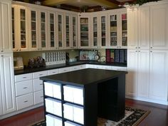 love the built ins