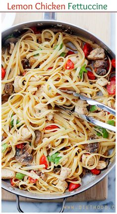 One-pan Lemon Chicken Fettuccine is a fresh and easy take on dinner, tossed with tomatoes, mushrooms, lemon juice and olive oil. | #chicken #pasta #recipe