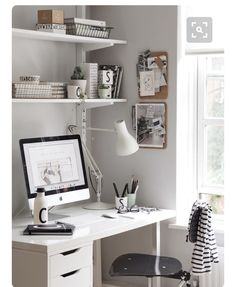 Corner by the window...Perfect! Do the shelves too :) Office Desk For Sale, Office Desk With Hutch, Desk For Two, Desk Hutch, Home Office Desks, Ikea Desk, Desk Chair, Desk Accessories, Credenza