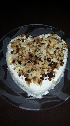 Frischkäse Dessert in Herzform  ( Low Carb )