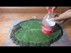 Creative Cement Idea [BEAUTIFUL and EASY] -Beautiful Ideas For Your Security Gate Creative Cement Idea -beautiful ideas for your security gate - Ideas for Be.How to ShapeCrete :: Decorative Concrete LeafMy name is Chris Berry and I produce painting D Cement Art, Concrete Crafts, Concrete Art, Concrete Projects, Concrete Garden, Concrete Planters, Garden Crafts, Garden Projects, Concrete Leaves