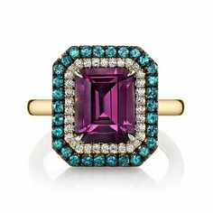 Thanks for the shout out @olgagonzaleznyc on our newest spinel, diamond and alexandrite ring. #Wednesday #Bling #Gorgeous 18K Yellow Gold Duet #ring by @omiprive 3.48ct emerald cut purple #spinel, surrounded by #diamonds and #alexandrites