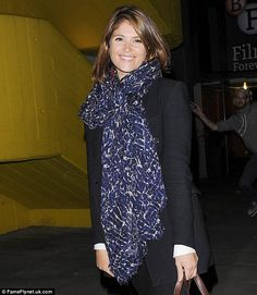 love Gemma Arterton's cosy scarf, great for autumn