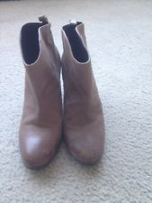 The Gap Boots Women's Tan Brown Size 9