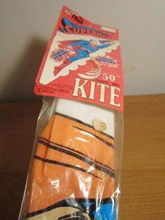 "VINTAGE 1984 SUPERMAN SUPER POWERS 50"" HI-FLIER PLASTIC KEEL KITE UNOPENED"