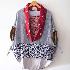 Batik Fashion, Boho Fashion, Fashion Dresses, Womens Fashion, Fashion Design, Fashion Ideas, Blouse Batik, Batik Dress, Batik Blazer