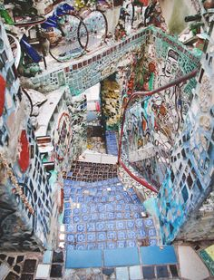 8 fun and photogenic things to do in Philadelphia: 2. MAGIC GARDENS  The Magic Gardens stands out as one of the best and most interesting things we did in Philadelphia.  What was once an ugly, empty block on South Street has been beautified with mosaics by artist Isaiah Zagar. Everything surface is covered with items that were once trash, and are now compiled into a wonderfully magical maze of colour. Definitely worth the $7 entry fee.