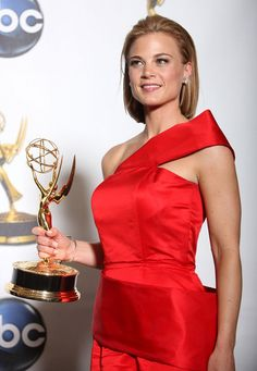 Gina Tognoni - 100 Hottest Soap Opera Stars - Photos