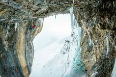 Dani Arnold Ice Marathon: 655 meters and 20 pitches of ice/mixed climbing | ROCK and ICE magazine