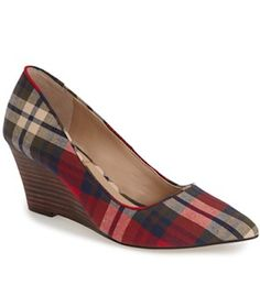 love these plaid wedges